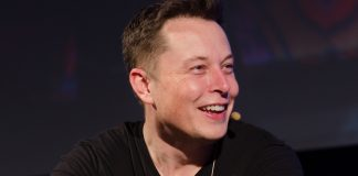 Elon-Musk-disruptive-innovation-tesla-motors