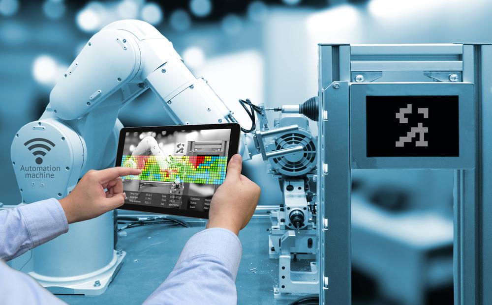 tablet braccio robotico e iot
