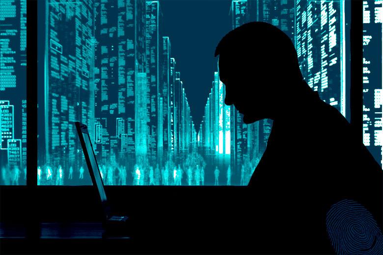 silhouette con città informatica sullo sfondo